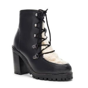 Seychelles Theatre Boot Sz9 Leather and Shearling